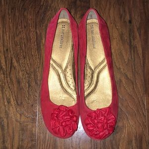 Red Suede Naturalizes